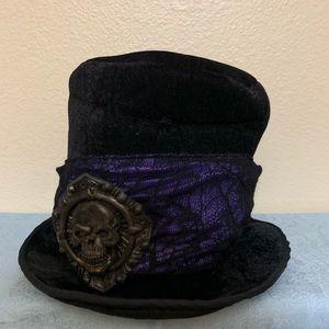 Skull 💀 top hat - black w/dark purple & lace
